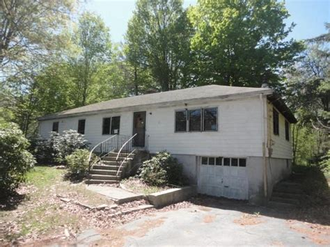 95 rockland st canton ma 02021 foreclosed home