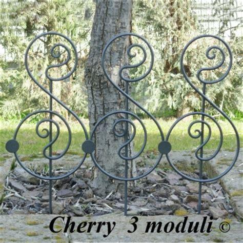 decori per giardino recinzioni ferro battuto aiuole fatte a mano produzione e