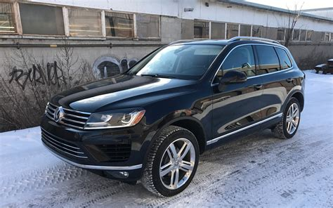 volkswagen touareg 2017 2017 volkswagen touareg luxury in disguise the car guide