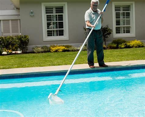 pool care 101 vacuum a pool
