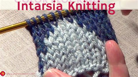 how to change colors when knitting in the knitting color blocking two color knitting intarsia