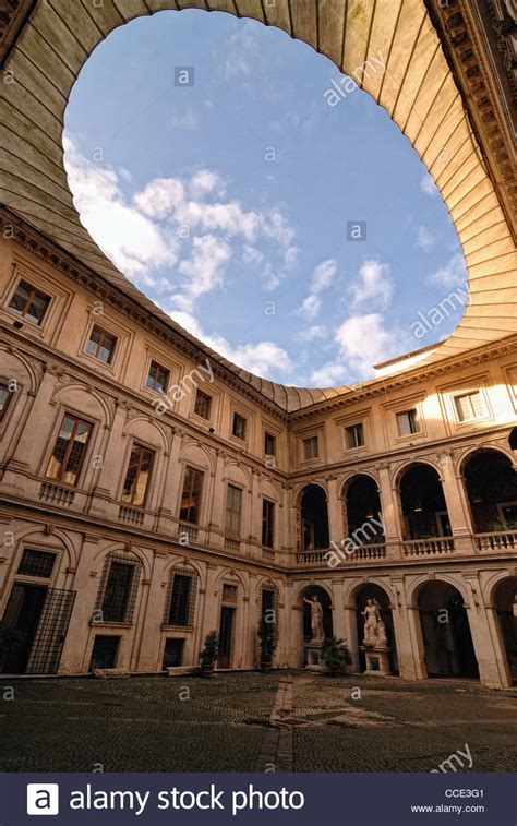 il cortile roma italia roma palazzo altemps cortile stock photos italia