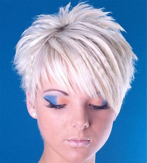 spikey choppy bob medium short haircut short spikey hairstyles for women