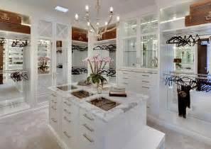 jeremy renner sells 25 million holmby hills mansion