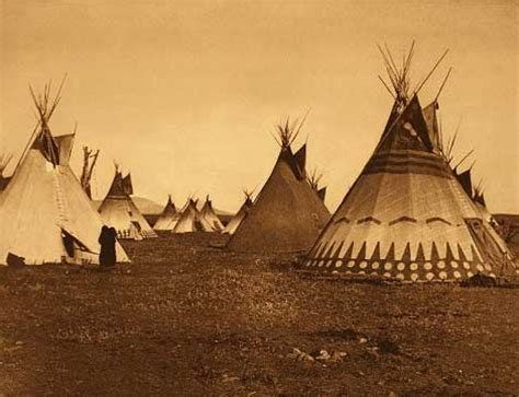 tende indiani d america what did the blackfoot indians house look like