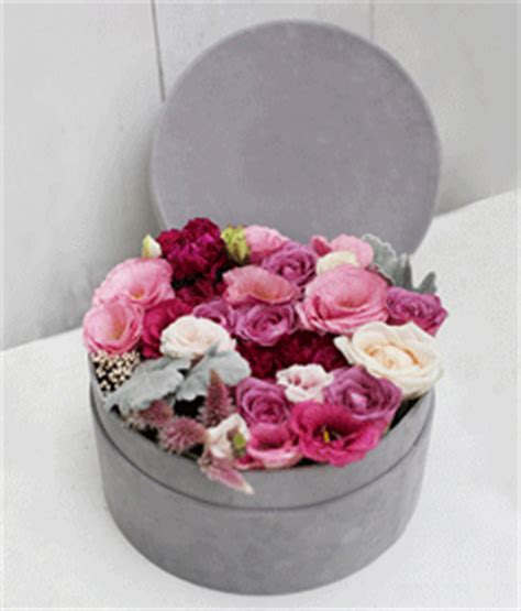 Box A Single David Pink Preserved Flower For Gift flowers in box singapore flowers in box florist