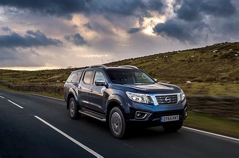 review nissan navara nissan navara np300 review 2017 autocar