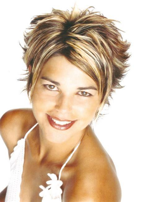 Exemple De Coiffure Femme by Modele De Coupe De Cheveux Court Pour Femme