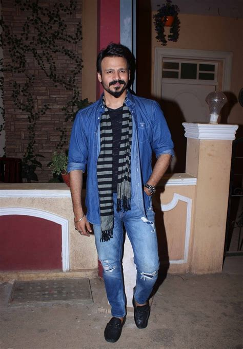 actor vivek residence vivek oberoi photos images wallpapers pics download