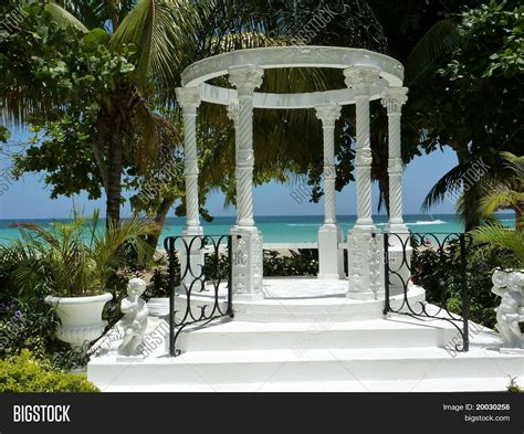 pavillon hochzeit wedding pavilion beaches negril image photo bigstock