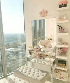 Makeup Table Ideas 25 Best Makeup Tables Ideas On Makeup Desk Vanity Tables And Bedroom Makeup Vanity