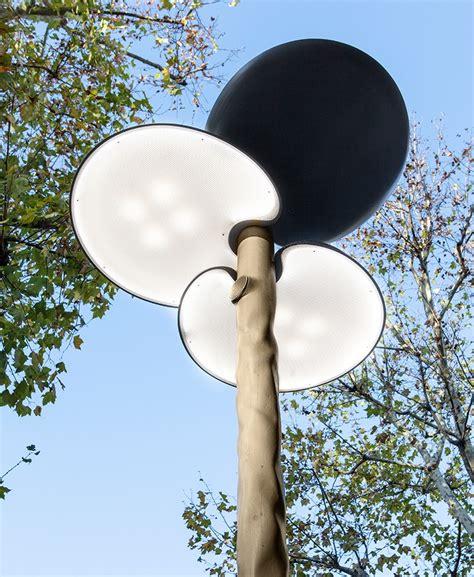 designboom piotr boruslawski mathieu lehanneur s street lights in paris express balance