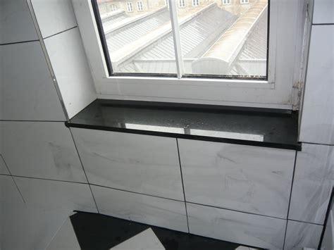 fensterbrett fliesen mopsis baublog fensterbank bad ist eingebaut