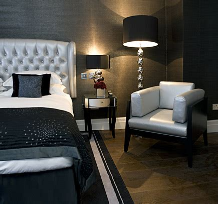 Modern Chic Bedroom Decorating Ideas by Interior Design In The Bedroom Upholstered Headboards