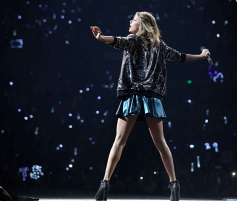 taylor swift tour paris taylor swift the 1989 world tour in nashville 31 gotceleb