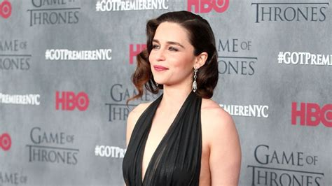 emilia clarke joins the upcoming han solo star game of thrones star emilia clarke joins han solo spinoff film