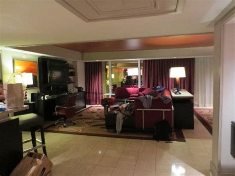 las vegas hotels with 2 bedroom suites on the strip 2 bedroom tower suite living area picture of the mirage
