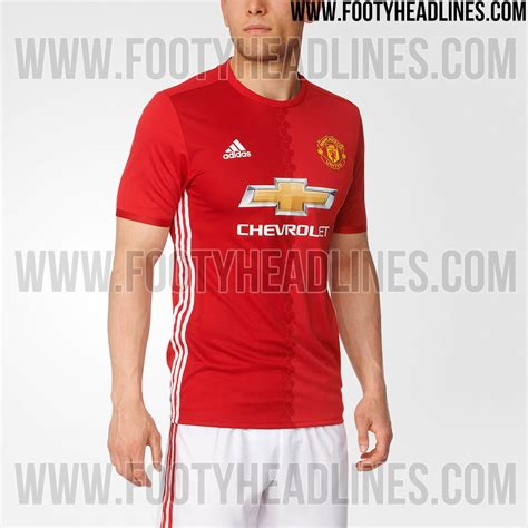 www man u new signing for 2016 manchester united s new kit appears to have been leaked