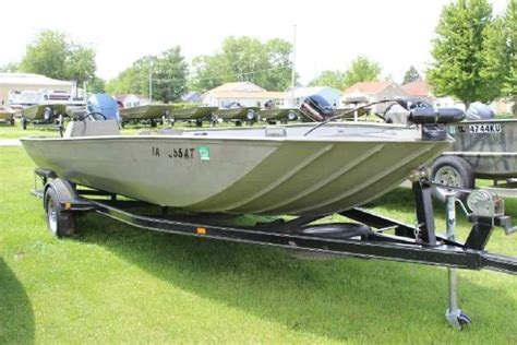 lund 1448 jon boat price lund jon boats for sale in united states boats