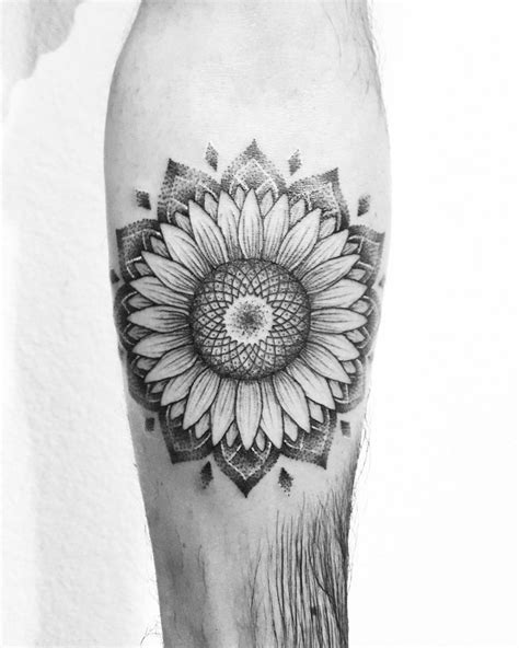 mandala tattoo utah sunflower mandala tattoo tatted up pinterest
