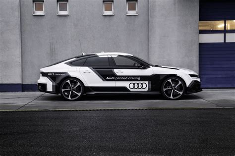 driverless audi audi a7 rs7 piloted driving driverless audi rs7 laps
