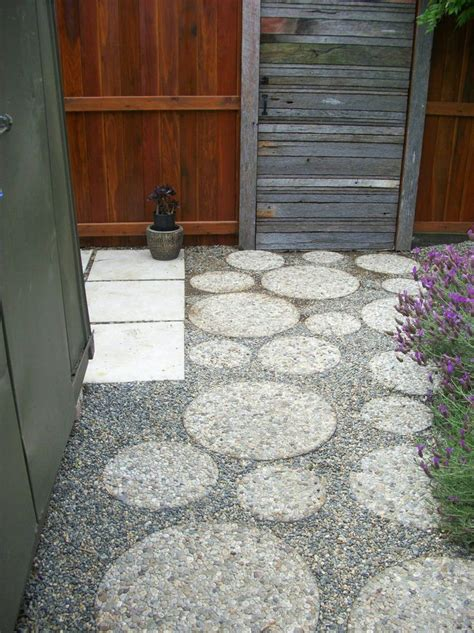 Paver And Gravel Patio Patio Design Ideas Mixed Materials Patio Pictures Patio Ideas And Pathways