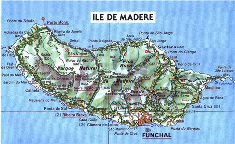 0004488997 carte touristique madeira en mad 232 re