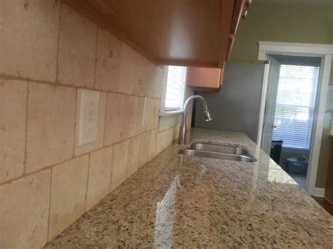 giallo ornamental 9 27 13 6x6 travertine tile backsplash