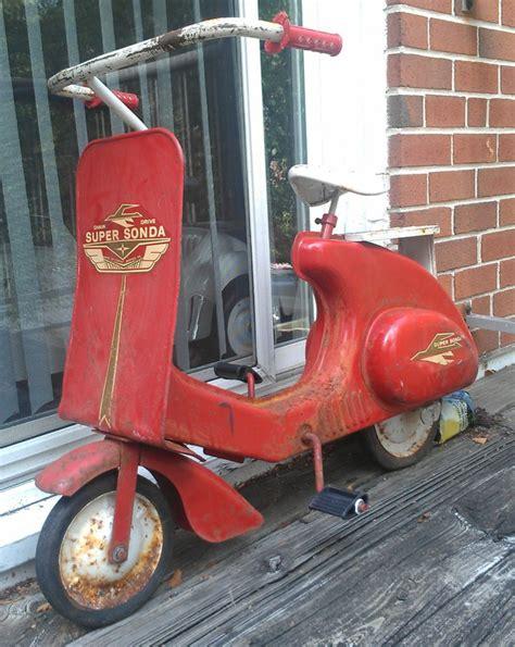scooters garage vintage garton sonda vespa scooter pedal car c