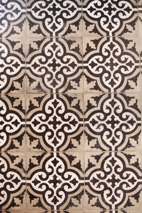 brown pattern tiles 26 brown and white bathroom tiles ideas and pictures