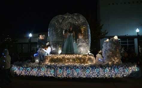 arlington parade of lights lights parade illuminates arlington city of