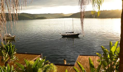 house boats on the hawkesbury the boat house on hawkesbury holiday house hawkesbury