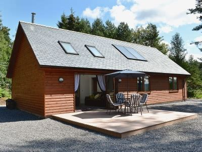 Stonehaven Cottages To Rent by Birchland Mountshade Banchory Aberdeenshire Book