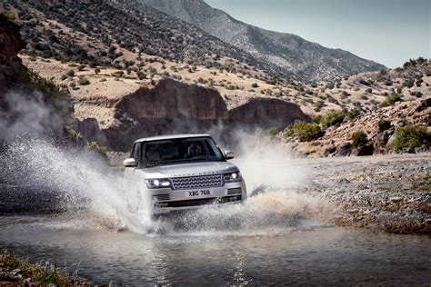 land rover water 2013 range rover driving through water eurocar