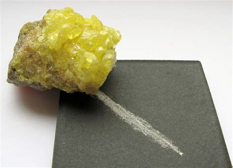 what color is mineral sifat fisik mineral never stop learning