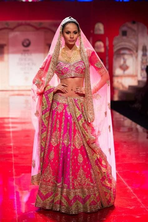 Home Indian Wedding Site Vendors Clothes Invitations | bmw india bridal fashion week ibfw 2014 suneet varma
