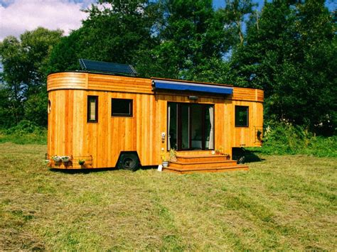 tiny houses hgtv hgtv tiny house tiny house hunters for hgtv tiny house