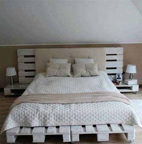 Side Headboard Bed by Some Interesting Diy Ideas With Wood Pallets Pallet Wood