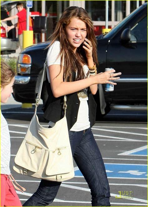 Miley Cyrus Vanity Fair 2008 by Miley Cyrus 2008 Vanity Fair Www Imgkid The Image Kid Has It