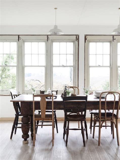 mismatched dining chairs best 25 mismatched chairs ideas on pinterest mismatched