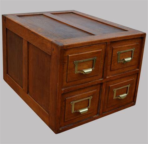 petit meuble de rangement 4 casiers