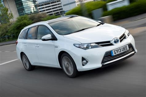 toyota uk toyota auris touring sports review auto express
