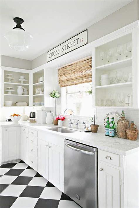 Pink Kitchen Canisters zwart wit vloer keuken thestylebox
