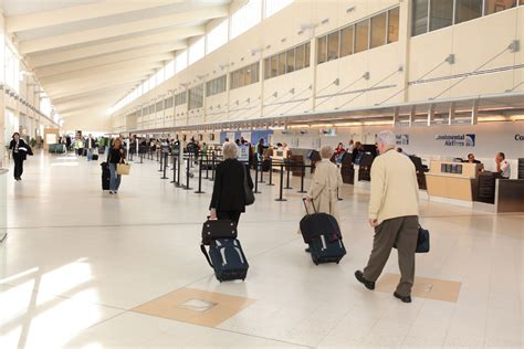 Mba Airport Fort Myers by File Southwest Florida International Airport Ticketing Jpg