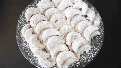 resep kue putri salju keju spesial kacang mete lembut