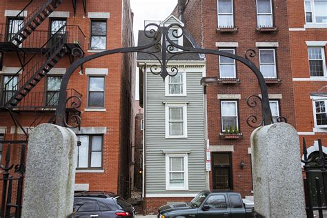 spite house boston the north end s skinny house is for sale boston magazine