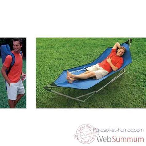 Hamac Portable hamac portable dans chaise hamac kelsyus sur parasol et hamac