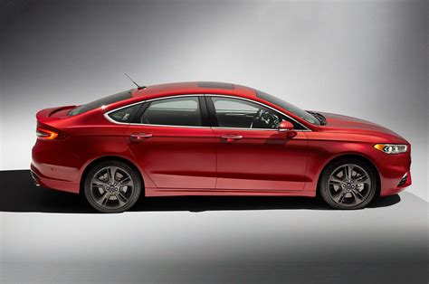 Ford Fusion Se Sport by 2017 Ford Fusion Refreshed For Detroit Adds 325 Hp V6