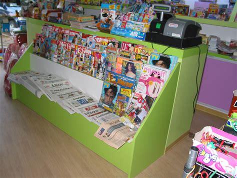 giornali di arredamento arredamento edicola varese arredo negozio giornali riviste