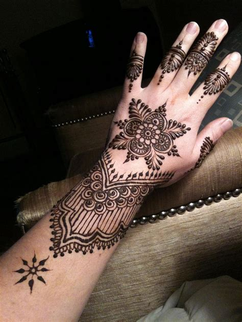 tattoo in kalyani hand 10 best back hand mehndi designs for any occasion